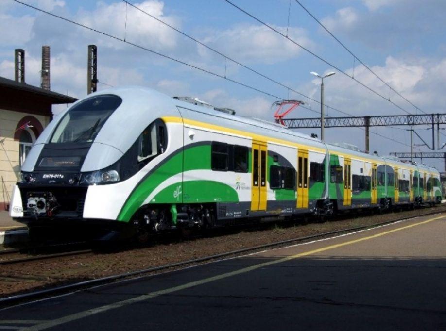 Zmiany kursowania pociągów na linii średnicowej w Warszawie