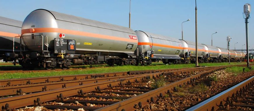 NaKolei.pl - Ustawa z poprawkami: monitoring przewozu towarów wrażliwych na kolei
