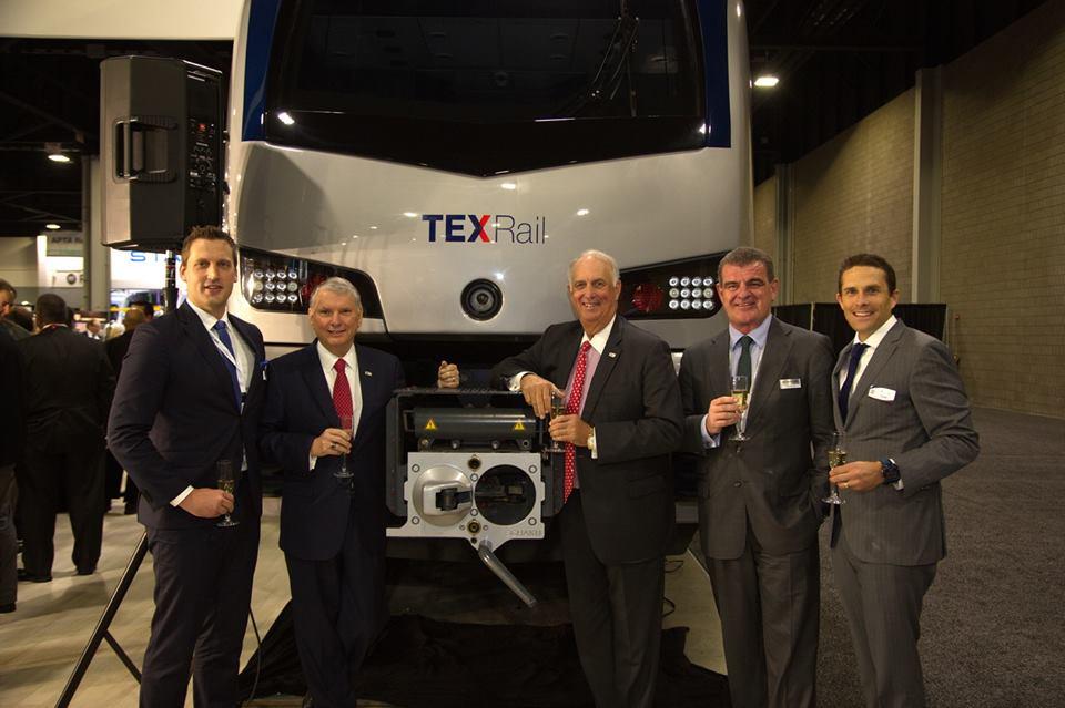 Nowy pociąg Stadlera na linię TEXRail w USA