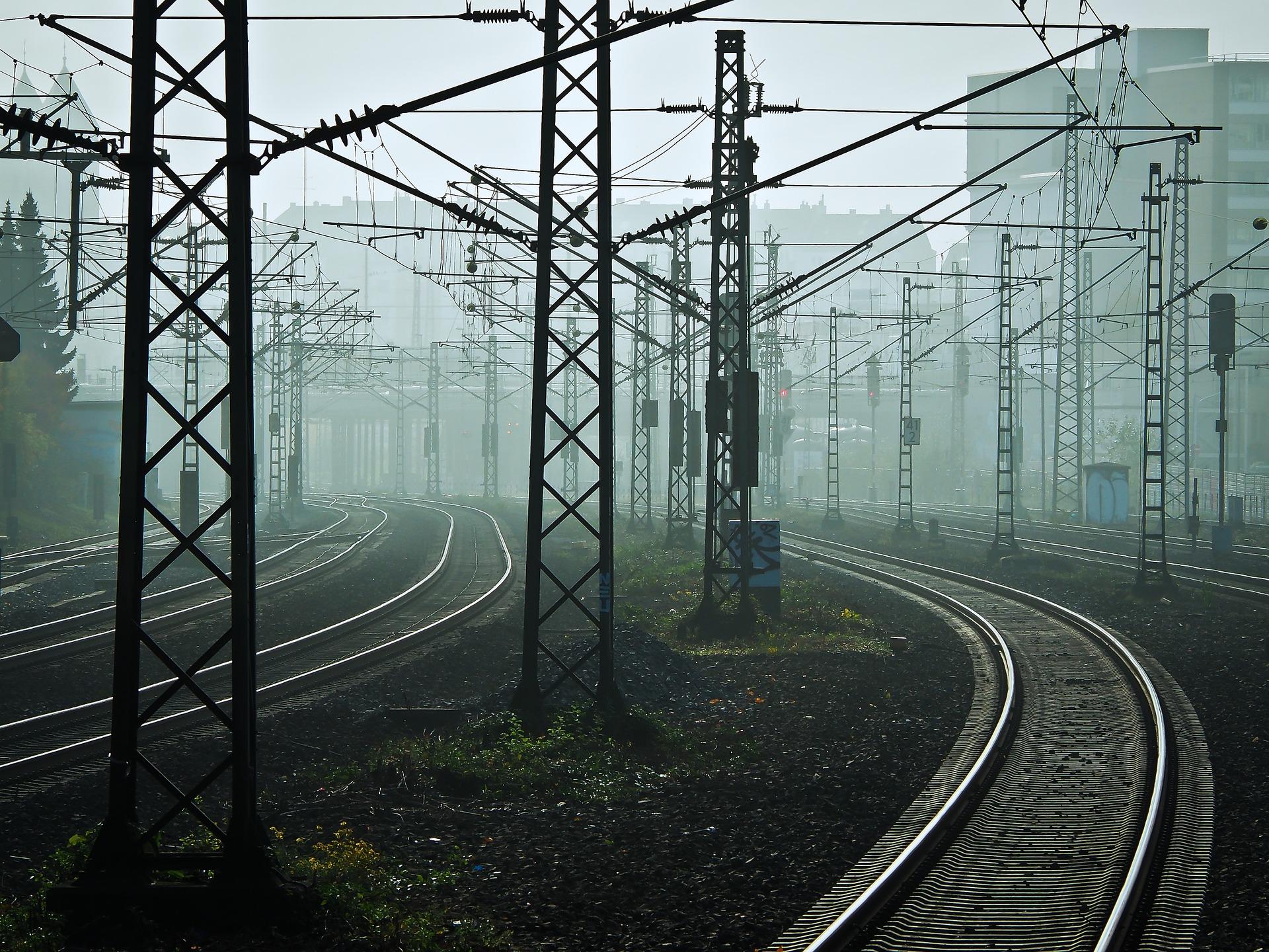 Kolej w Niemczech walczyła z orkanem Friederike