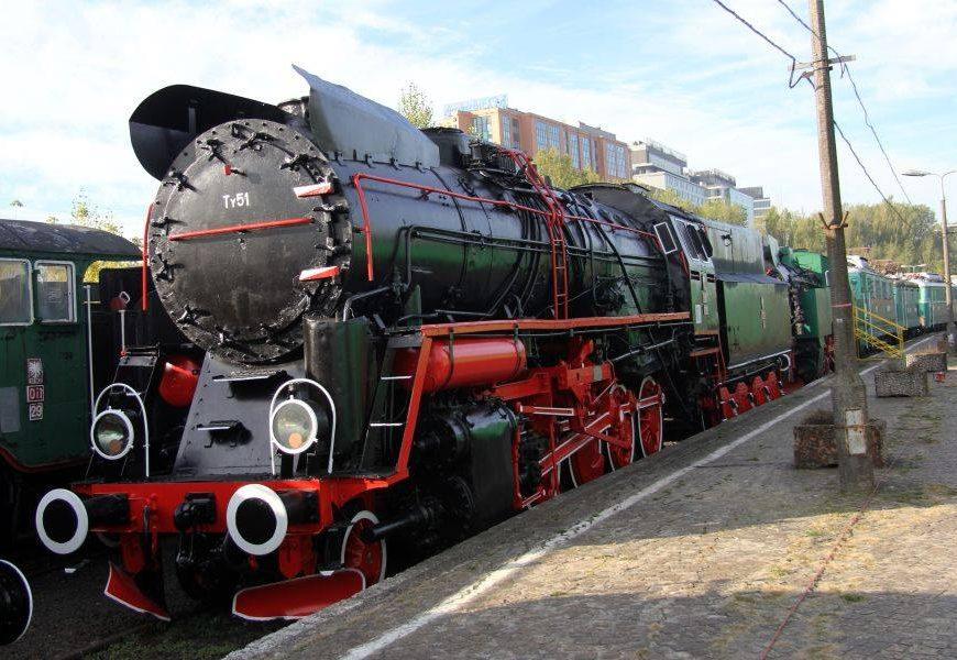 NaKolei.pl - Przybliżona historia lokomotywy parowej Ty51-228