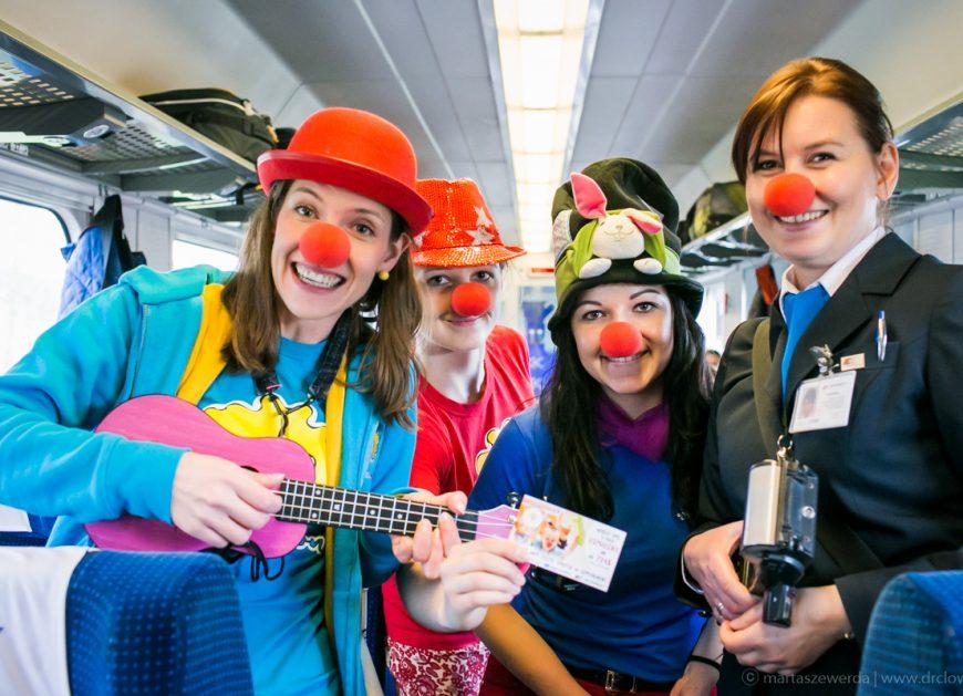 NaKolei.pl - Fundacja Dr Clown będzie zarażać optymizmem w pociągach PKP Intercity