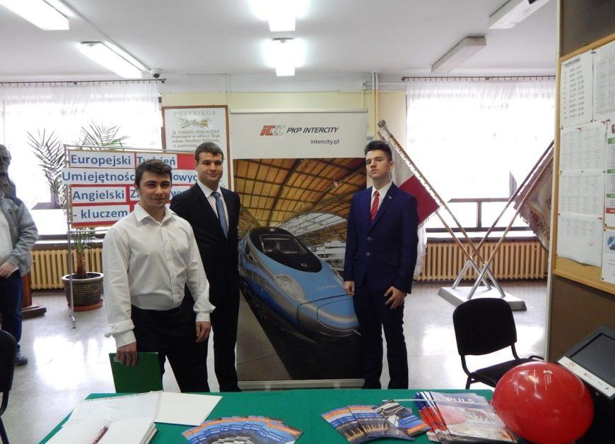 NaKolei.pl - Edukacja przyszłych kolejarzy - PKP Intercity będzie współpracować z Technikum w Sochaczewie