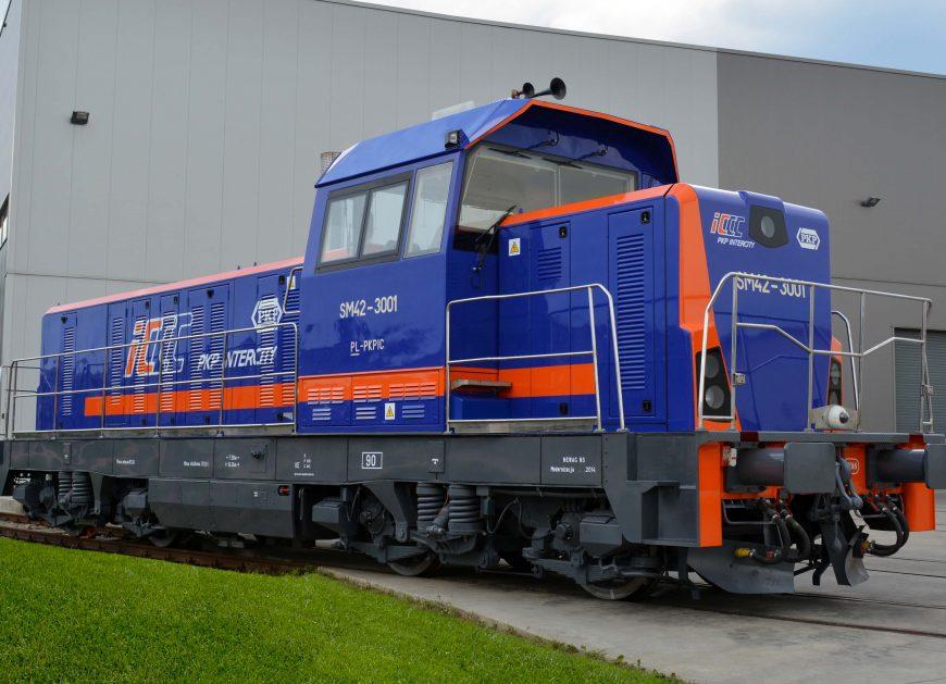 NaKolei.pl - To FPS H. Cegielski zmodernizuje lokomotywy spalinowe SM42 dla PKP Intercity? Wpłynęła jedna oferta