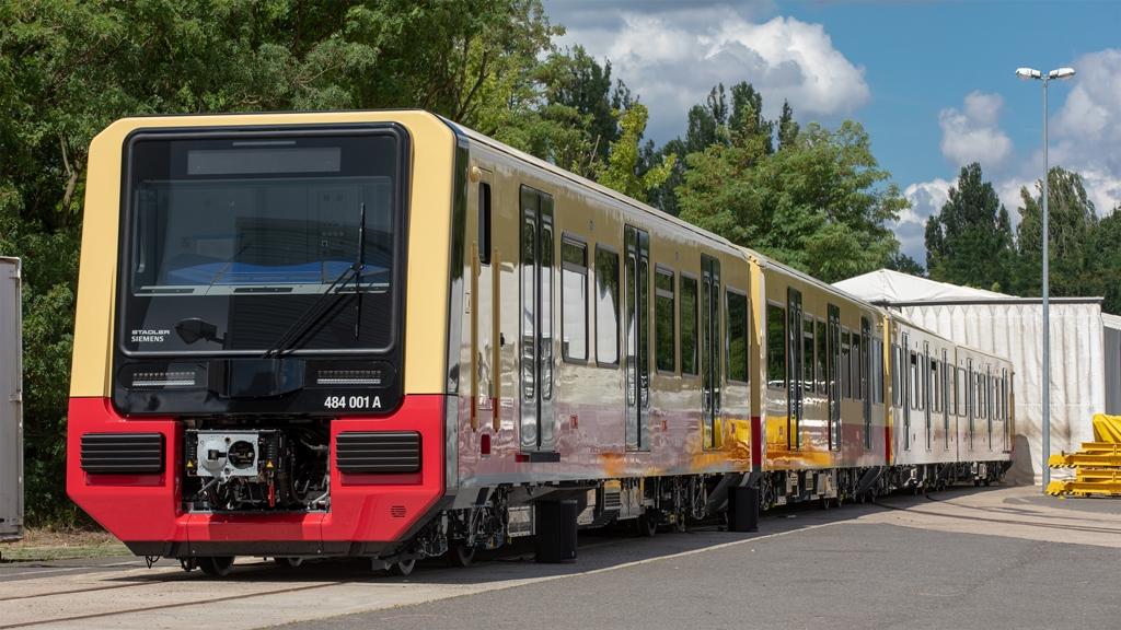 Nowe pojazdy dla S-Bahn w Berlinie od konsorcjum Siemens-Stadler. Trafi tam 106 pociągów