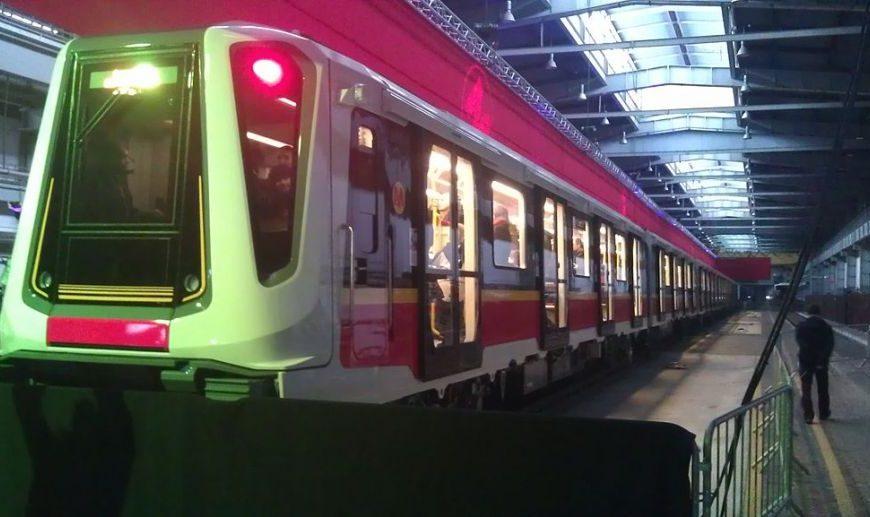 37 pociągów dla Warszawskiego Metra