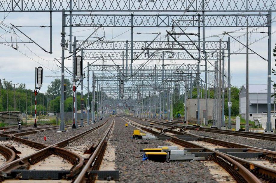 Warsewicz dla Biznesalert: W XXI wieku transport publiczny na całym świecie wygrywa dzięki budowaniu zintegrowanych centrów komunikacyjnych