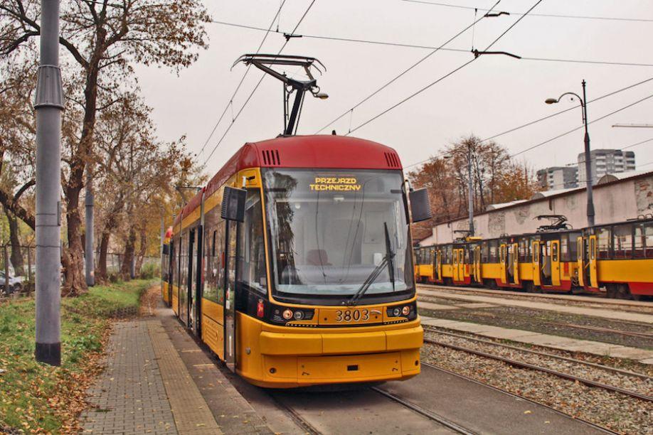 Tramwaje Warszawskie z przetargiem na 213 pojazdów