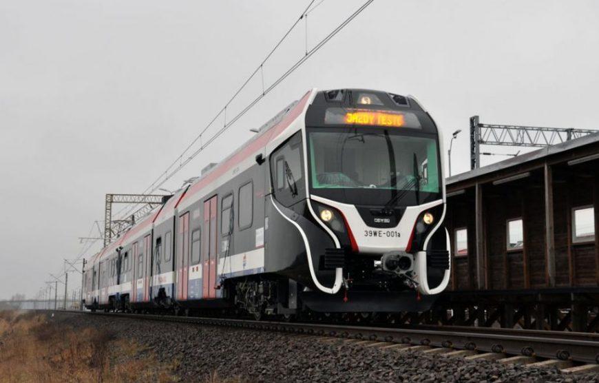 NaKolei.pl - WKD linia kolejowa nr 47-wymiana nawierzchni na przejazdach