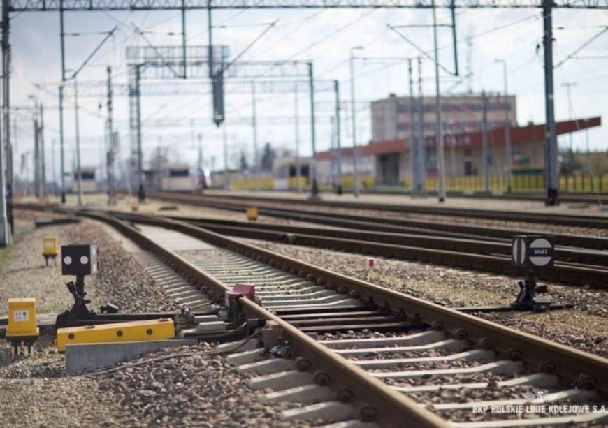 NaKolei.pl - Łącznica kolejowa Jedlicze-Szebnie -dokumentacja projektowa przedmiotem przetargu PLK