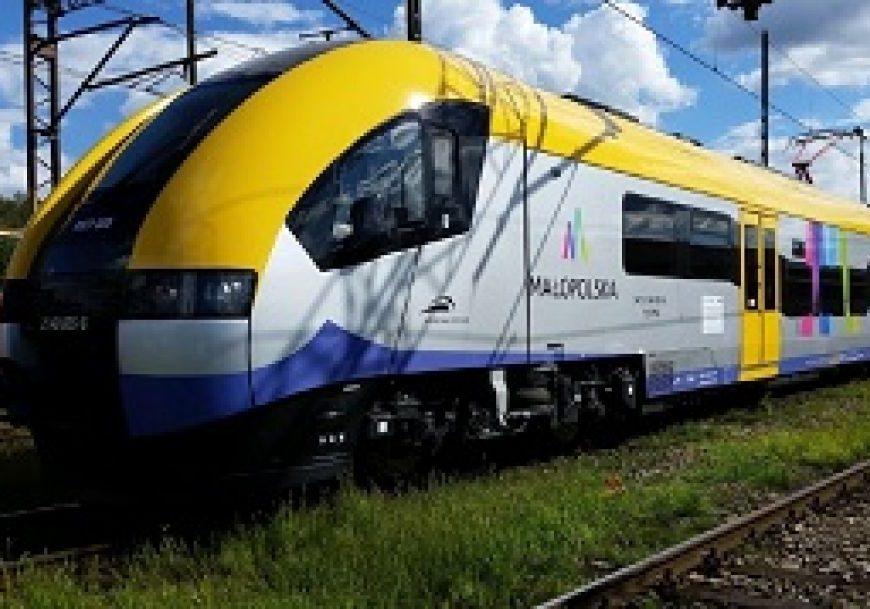 NaKolei.pl - Trwa pięciogodzinna przerwa w ruchu pociągów na trasie Kraków Główny-Podłęże