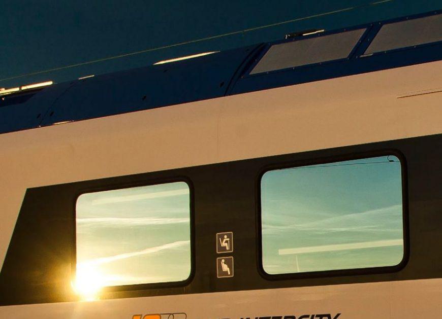 """NaKolei.pl - ,,Stacja-relacja"""" PKP Intercity. Przewoźnik partnerem FPFF w Gdyni"""