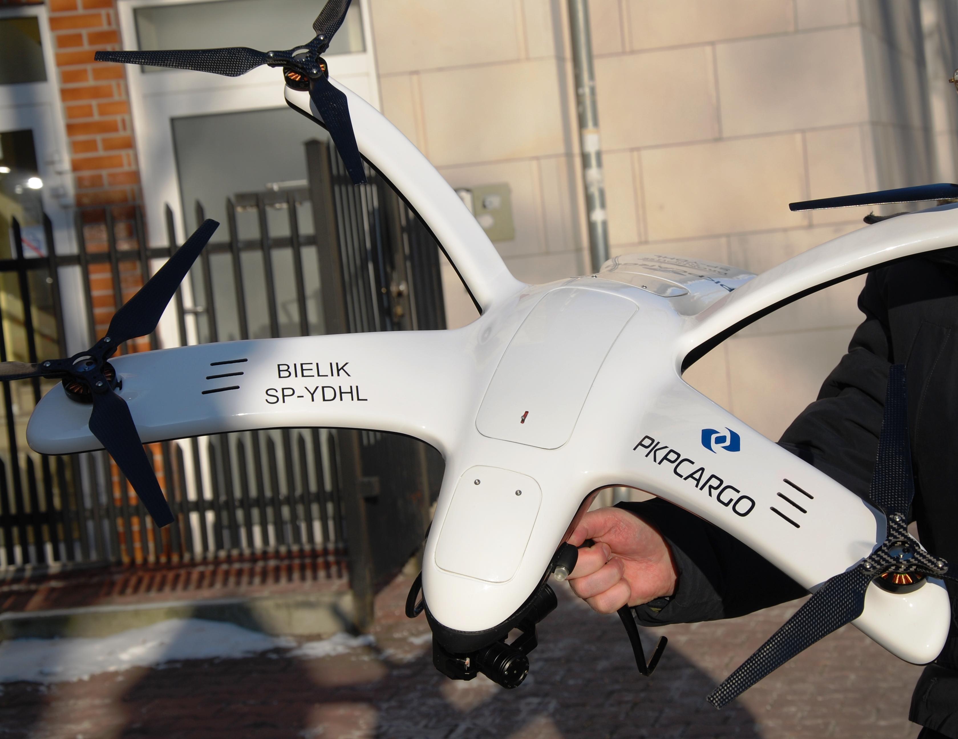 Patriotyczny dron PKP CARGO