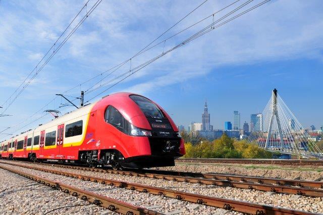 NaKolei.pl - SKM Warszawa jeździ do stacji Pruszków. Zmiana trasy i zasad honorowania biletów