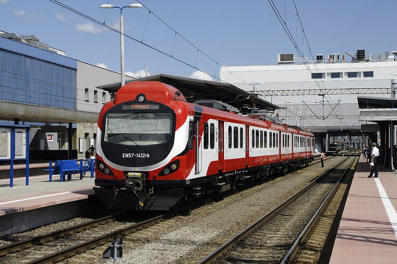 NaKolei.pl - Koleje Wielkopolskie: Zmieni się rozkład jazdy i ceny biletów okresowych