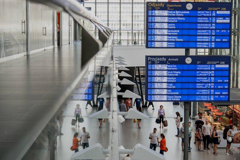 Duży przetarg PKP PLK na system informacji pasażerskiej