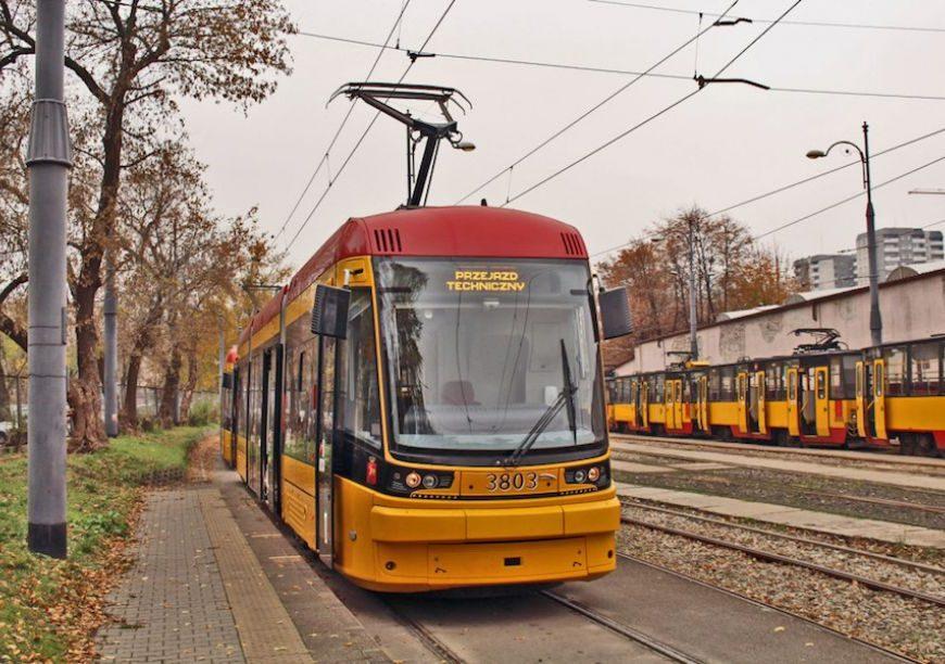 NaKolei.pl - Remont wagonów PESA Tramicus i inne plany Spółki Tramwaje Warszawskie