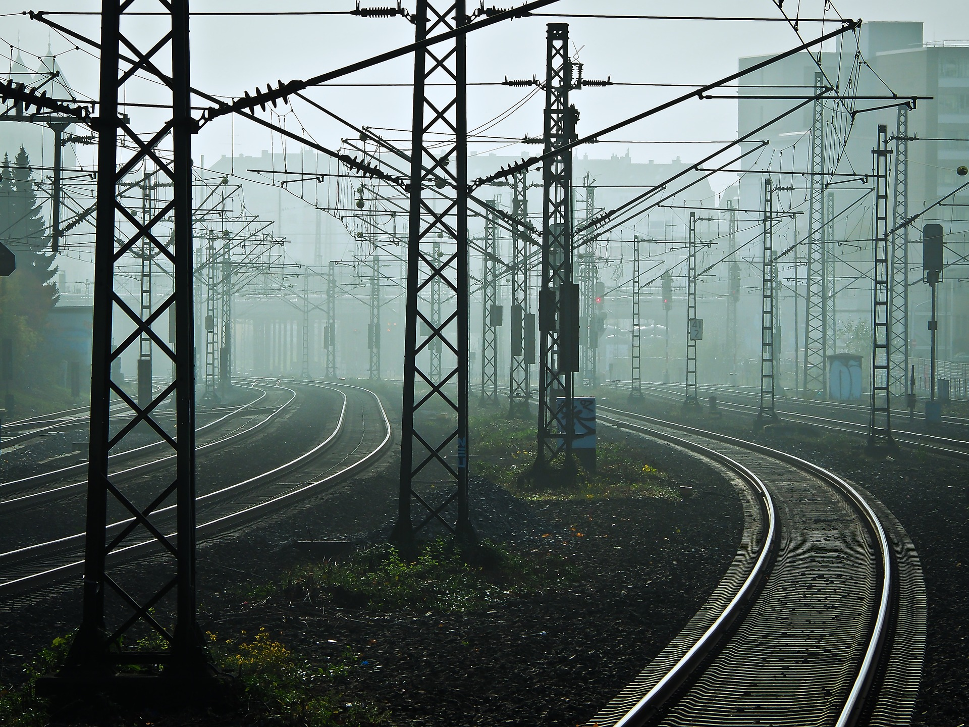 Wypadek na Podlasiu. Są ranni w zderzeniu ciężarówki z pociągiem