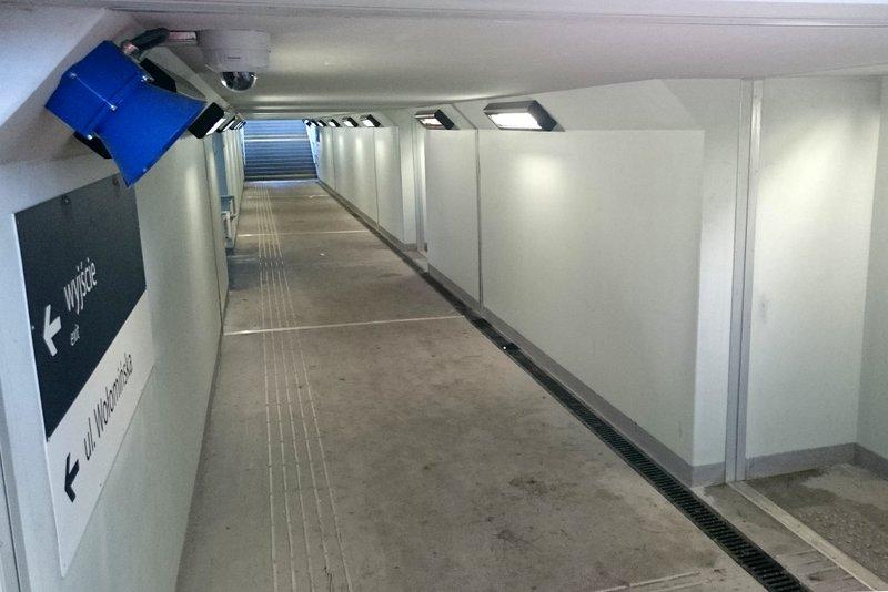 NaKolei.pl - Stacje Kobyłka, Kobyłka Ossów i Zielonka - trzy przejścia podziemne oddane do użytku
