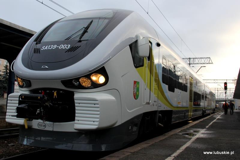 NaKolei.pl - Lubuskie będzie w tym roku rozwijać transport kolejowy - nowe składy na linii Kostrzyn - Krzyż
