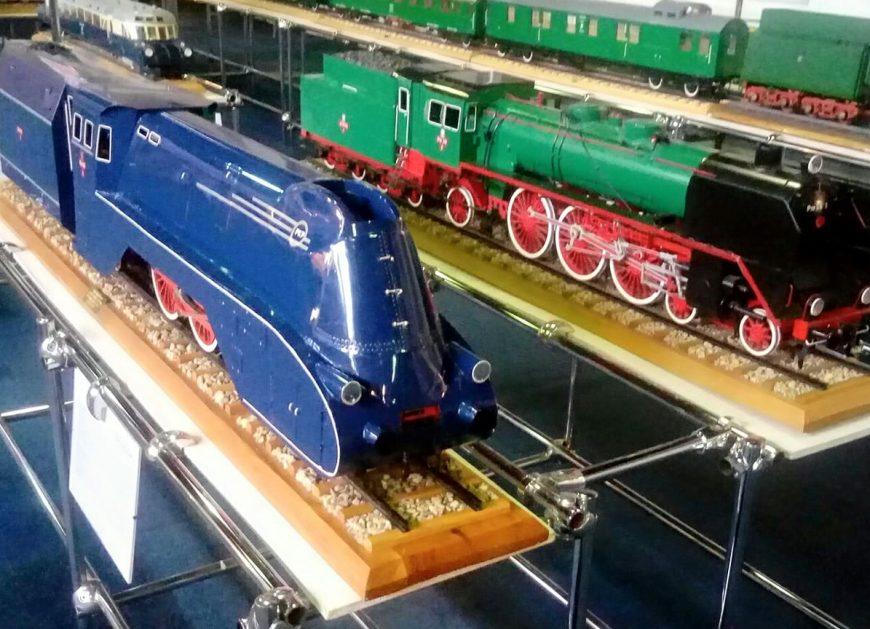 NaKolei.pl - Trzy wyjątkowe modele lokomotyw na wystawie w Chrzanowie