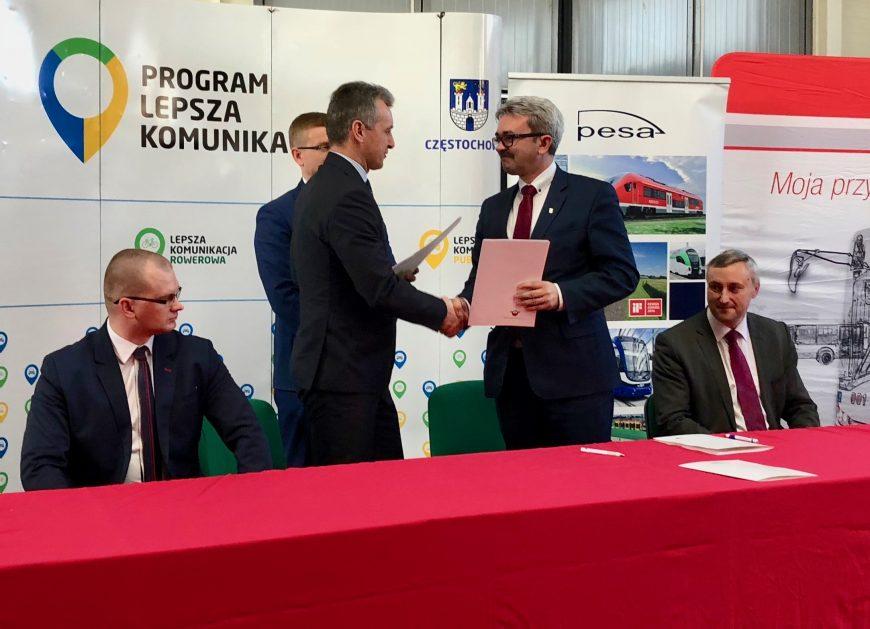 NaKolei.pl - PESA Bydgoszcz dostarczy do Częstochowy 10 tramwajów Twist