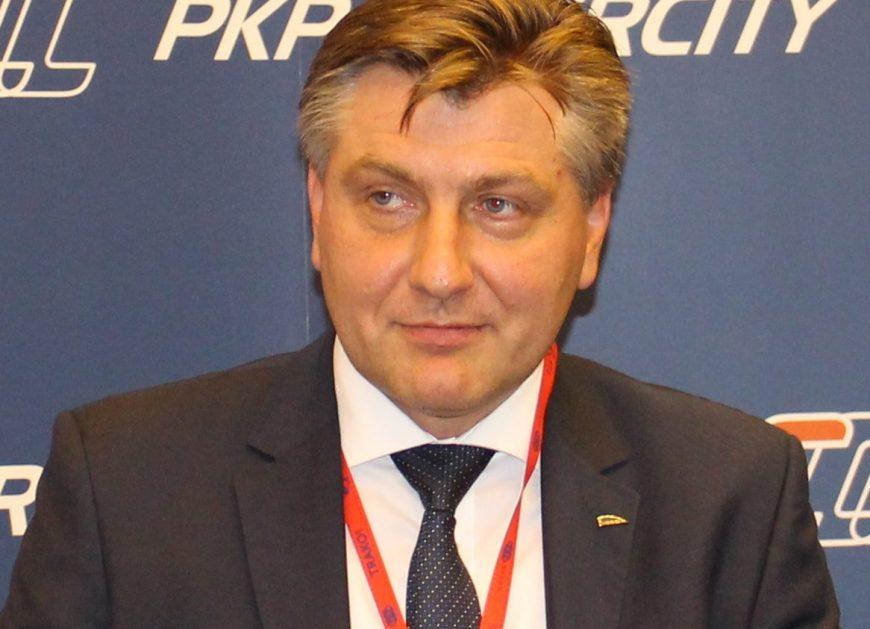 NaKolei.pl - Nowy prezes Pesy. Krzysztof Sędzikowski za Roberta Świechowicza