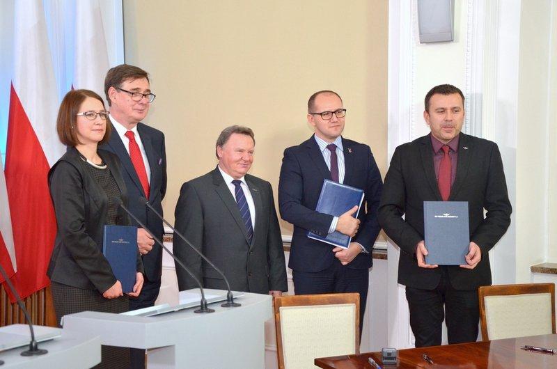 NaKolei.pl - PKP PLK: Wdrożenie europejskiego systemu ERTMS/ETCS poziom 2 na linii E20 Kunowice – Terespol
