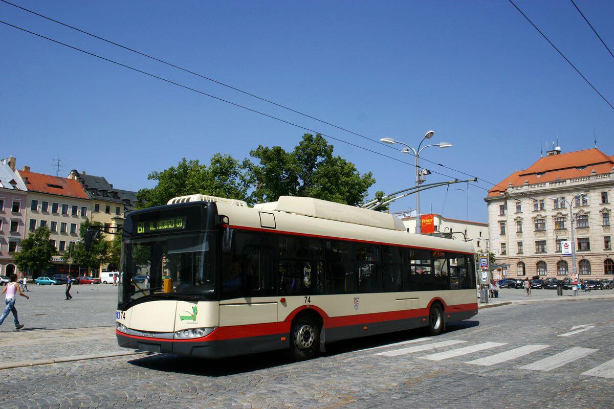 NaKolei.pl - Bezemisyjne Solaris Urbino 12 electric oraz Trollino 12 na InnoTrans 2018