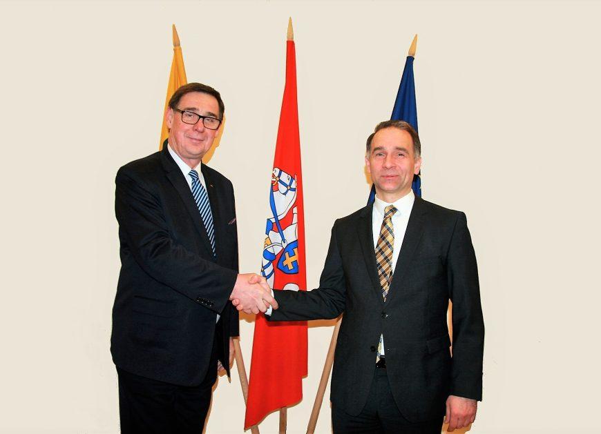 NaKolei.pl - PKP S.A.: Postępy prac nad rozwojem połączeń kolejowych między Polską a Litwą