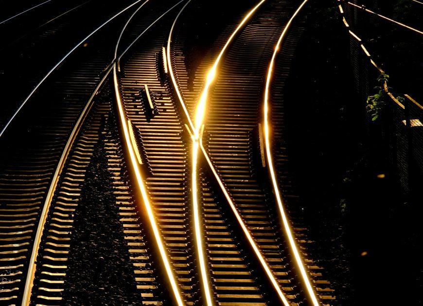 NaKolei.pl - Pociąg Japan Railway odjechał 25 sekund za wcześnie. Przewoźnik przeprasza