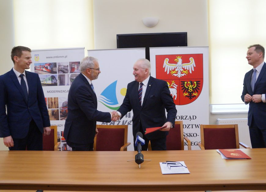 Umowa na pociąg dla województwa warmińsko-mazurskiegormińsko