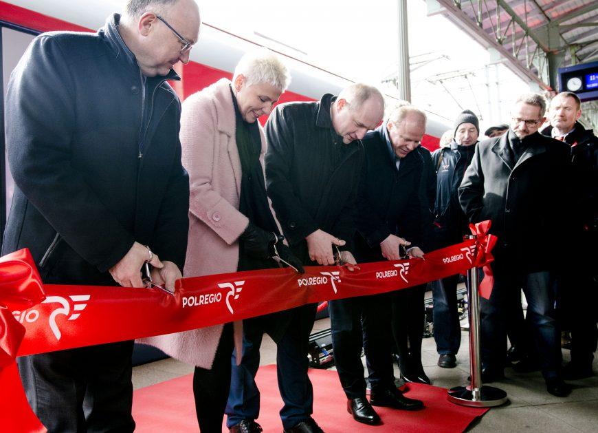 NaKolei.pl - Kujawsko-pomorskie z nowymi pociągami Elf2 w barwach POLREGIO