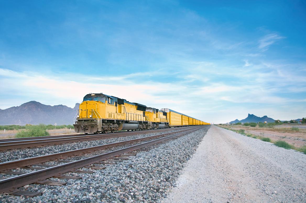 Międzykontynentalny transport koleją z Dachser