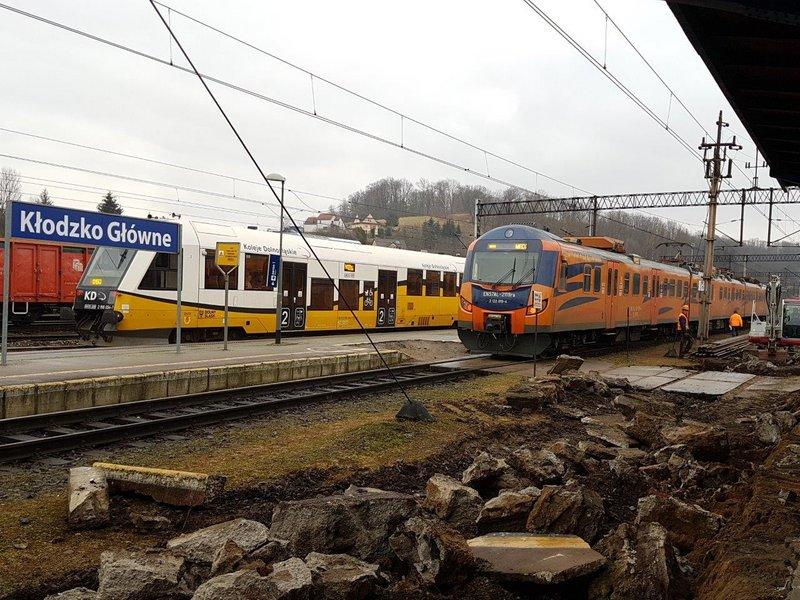 NaKolei.pl - Kłodzko Główne z nowymi peronami. Prace na stacji Kłodzko Miasto ruszą w IV kw. br.