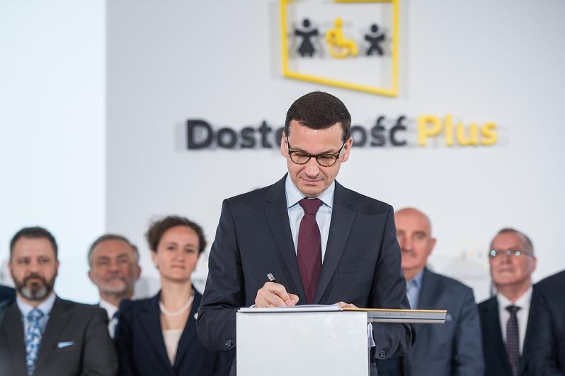 """NaKolei.pl - Kolej dostępna na plus-Premier Morawiecki zainaugurował program ,,Dostępność Plus"""""""