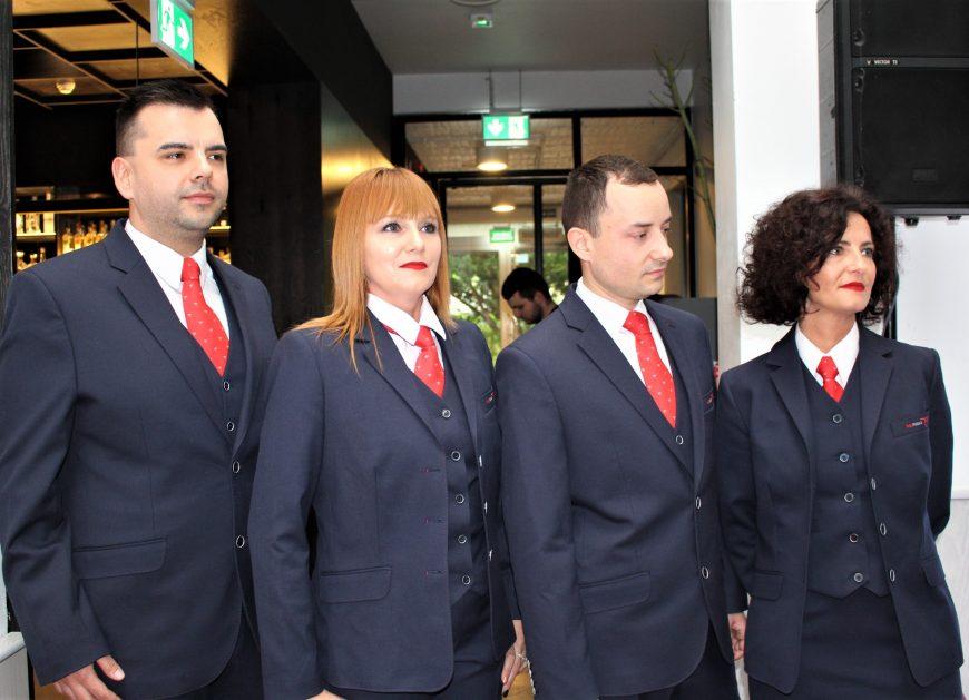 NaKolei.pl - Majówka z POLREGIO, nowe mundury pracowników - zapowiedź najbliższych działań Spółki
