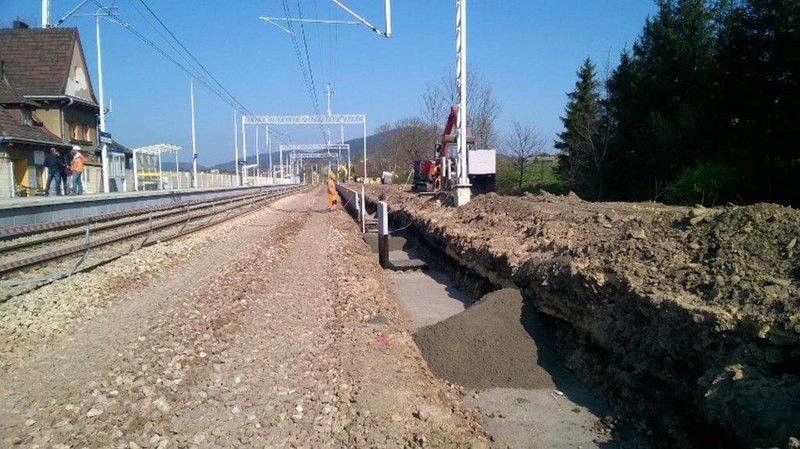 NaKolei.pl - Most w Grybowie usprawni podróże w Beskidy. PLK kończy remont obiektu