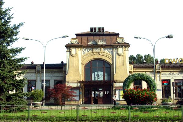 Pociągi przewiozą przez Dunajec