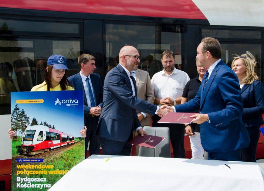 NaKolei.pl - Gotowi na weekendowe połączenia Bydgoszcz - Czersk - Kościerzyna - Trójmiasto? Start już jutro!