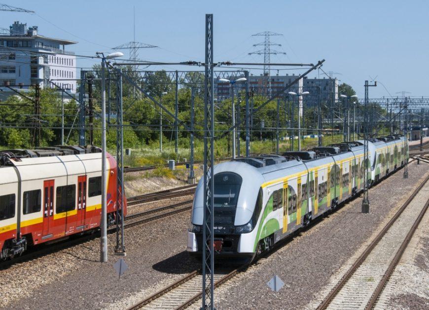 NaKolei.pl - System sterowania ruchem kolejowym dla stacji Warszawa Główna Osobowa zmodernizuje KOMBUD