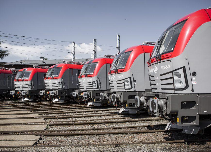 NaKolei.pl - 9,7 mln ton więcej-UTK porównuje przewozy towarowe w I półroczu 2018 r. do I półrocza 2017 r.