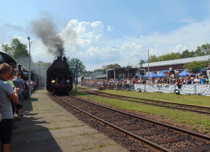 NaKolei.pl - Chabówka po raz 14. stała się stolicą historycznej kolei. Za nami kolejna Parowozjada