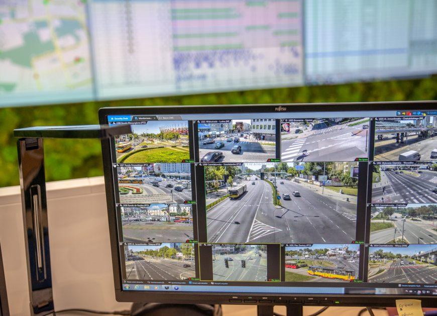 """NaKolei.pl - Będzie ,,zielona fala"""". Siemens podpisał ośmioletnią umowę rozwijając Zintegrowany System Zarządzania Ruchem"""
