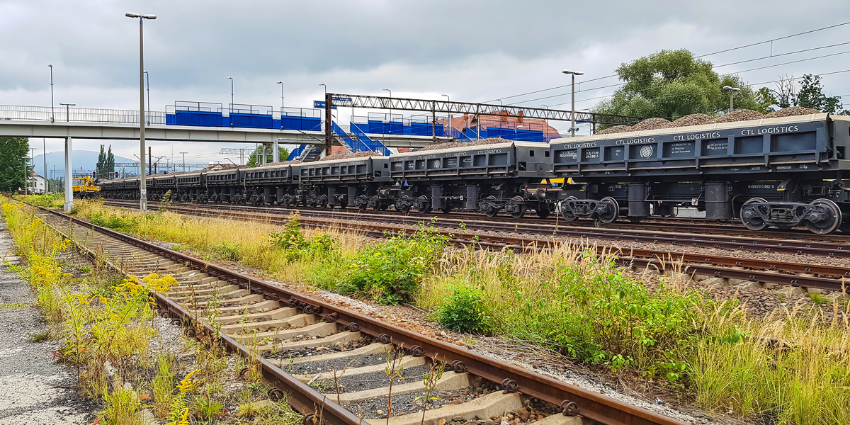 NaKolei.pl - Pierwsze efekty modernizacji szlaku Żywiec-Węgierska Górka