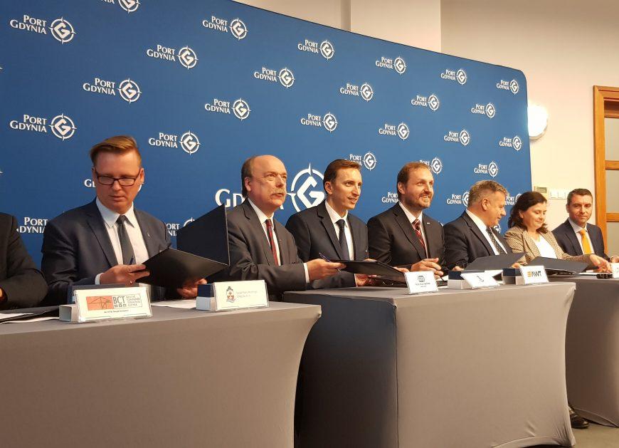 NaKolei.pl - Do Porozumienia o Współpracy Operatorów Terminali Przeładunkowych i Centrów Logistycznych Europy Środkowo-Wschodniej dołączyło m.in. PKP CARGO CONNECT