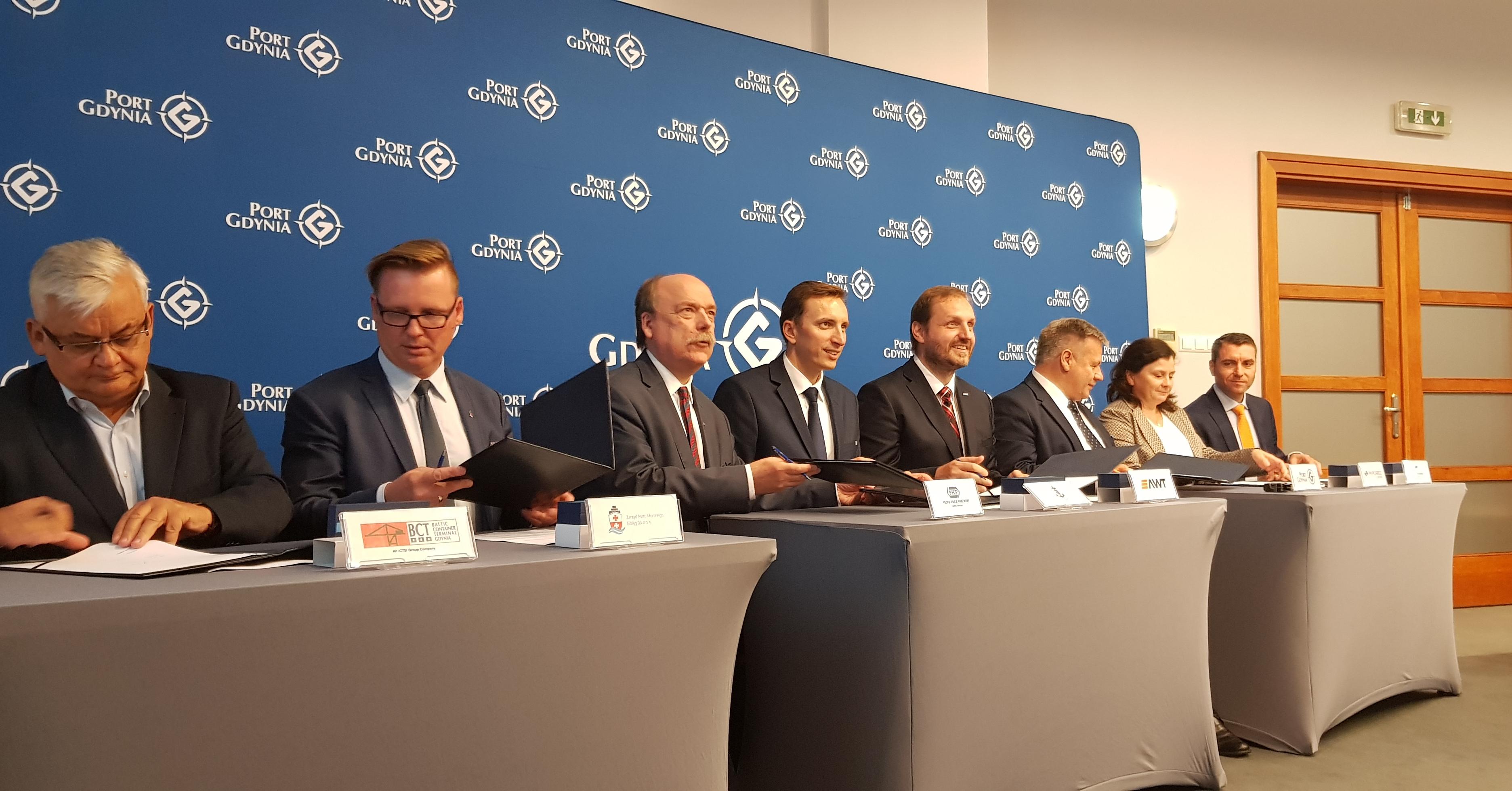 Do Porozumienia o Współpracy Operatorów Terminali Przeładunkowych i Centrów Logistycznych Europy Środkowo-Wschodniej dołączyło m.in. PKP CARGO CONNECT