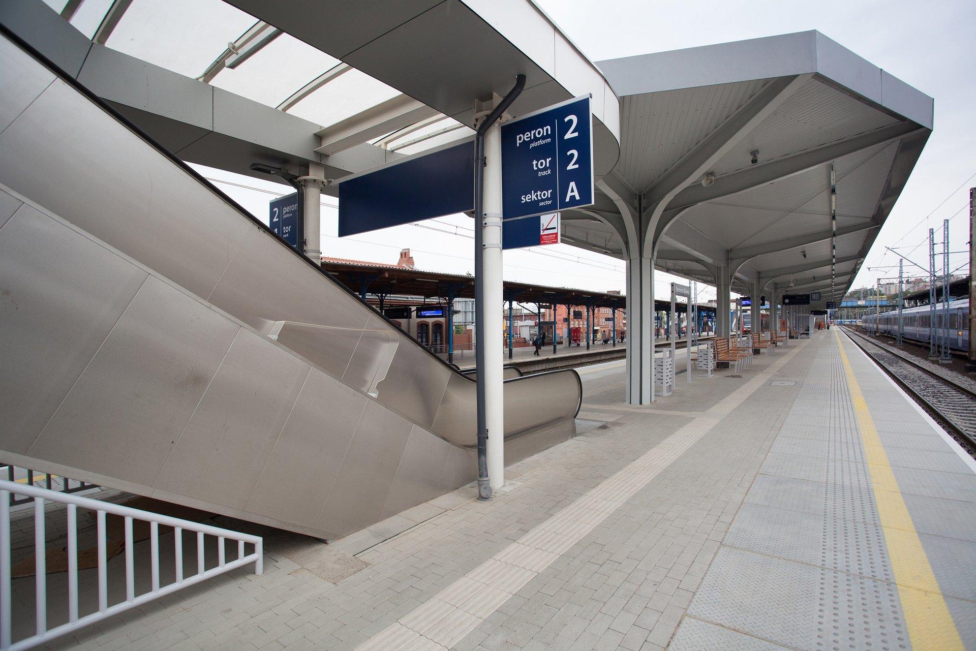 Prawie gotowa stacja Szczecin Główny. Pociągi mogą już jeździć w stronę Szczecińskiego Portu Centralnego