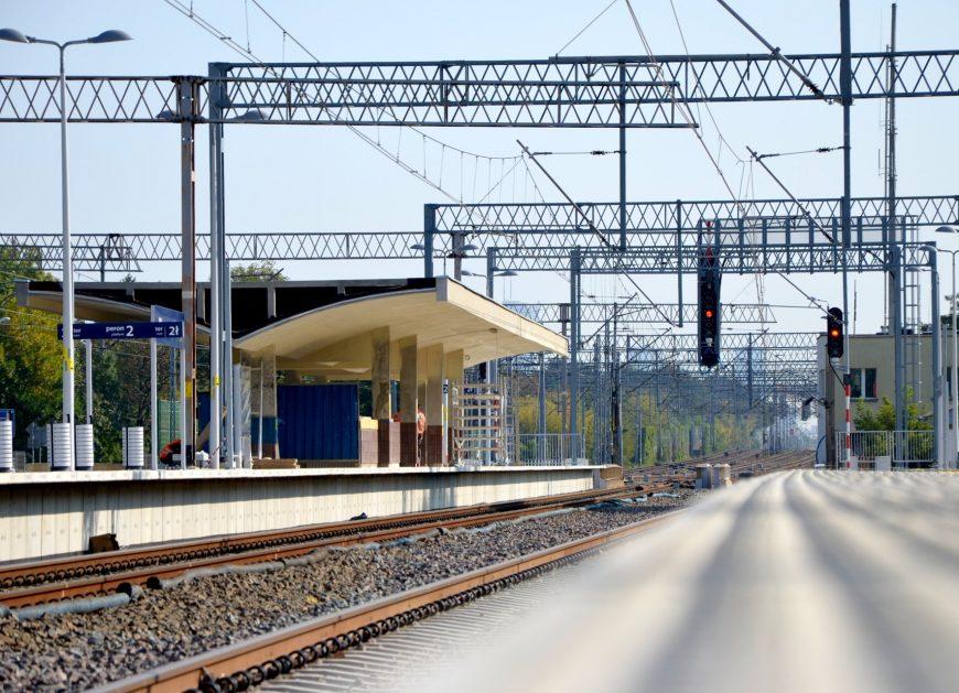 NaKolei.pl - 24 września pociągi powrócą na linię Grodzisk Mazowiecki-Warszawa. Czas na jazdy testowe przewoźników