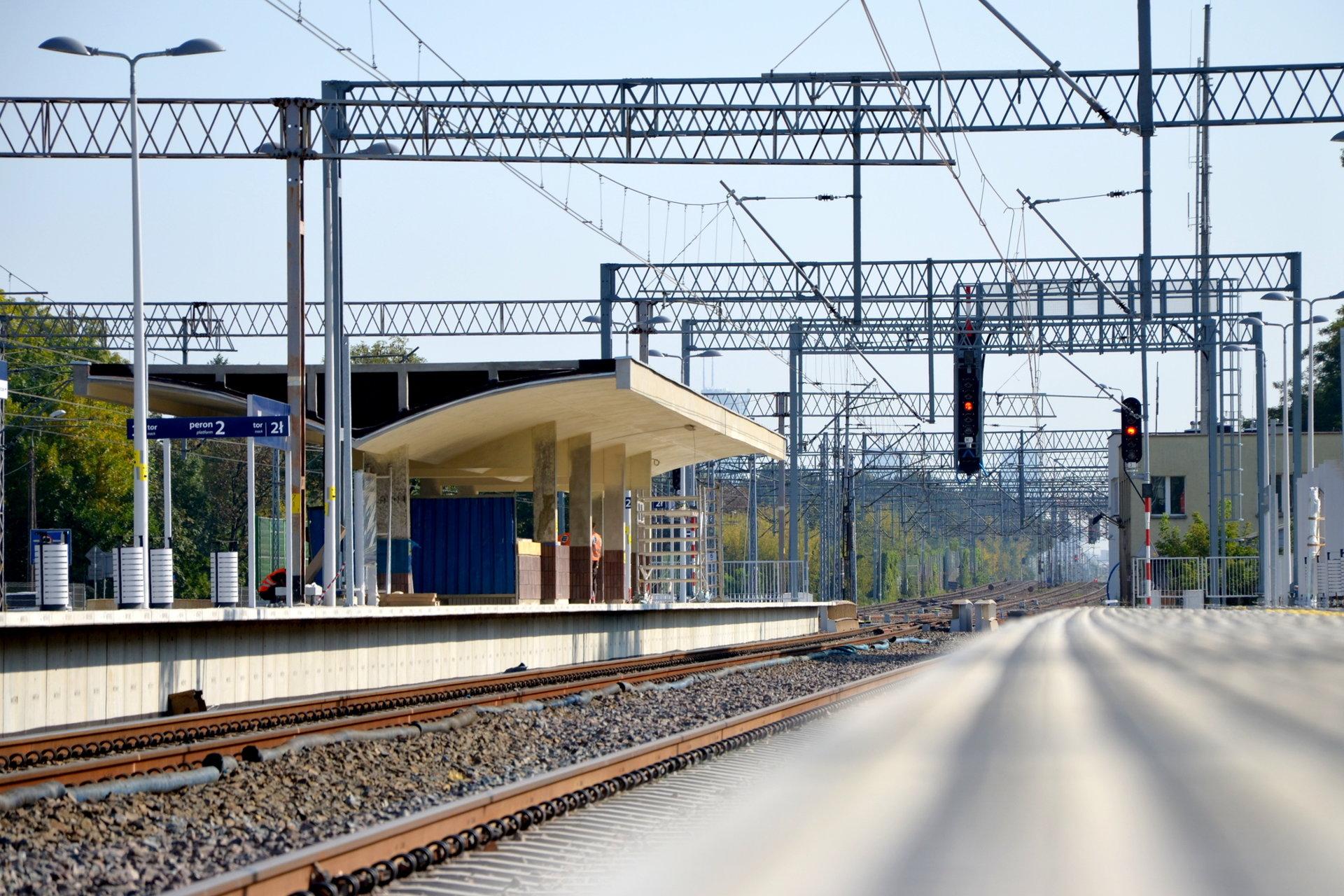 24 września pociągi powrócą na linię Grodzisk Mazowiecki-Warszawa. Czas na jazdy testowe przewoźników